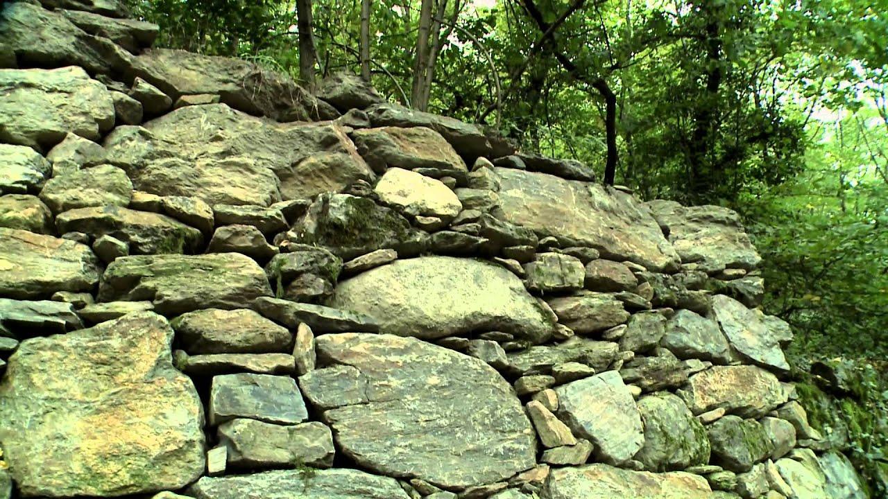 Conoscere per conservare i muri a secco in pietra youtube for Tappezzeria per muri