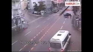 Çorum'da Kazalar, Mobese Kameralarına Yansıdı haberi