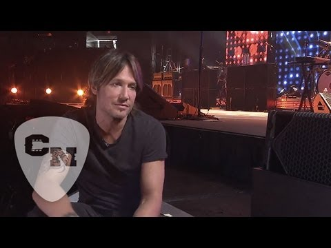 Keith Urban Behind-the-Scenes | Light the Fuse Tour 2013 | Road Crew Exclusive