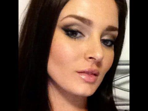 Smokey Eye Tutorial: NAKED2 Hayden Panettiere Inspired Makeup