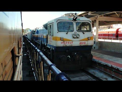 06507 Jodhapur Ksr Bangalore Express Arriving Hubballi Railway Station:Indian Railway