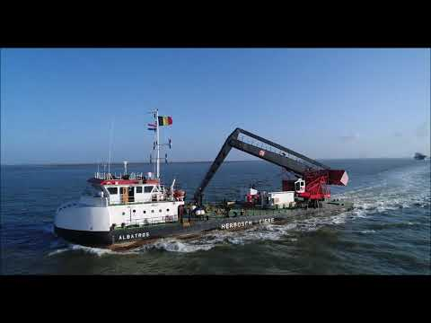 Crane barge Albatros