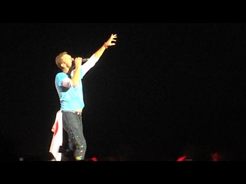 """Coldplay """"Something Just Like This"""" 19.04.17 Tokyo Dome"""