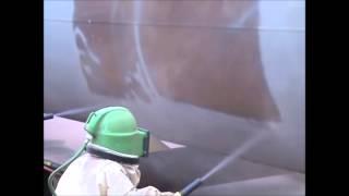 pískování rezavého potrubí