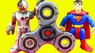 Fidget Spinner Fails! Fidget Spinner World Record With Imaginext Justice League Batman