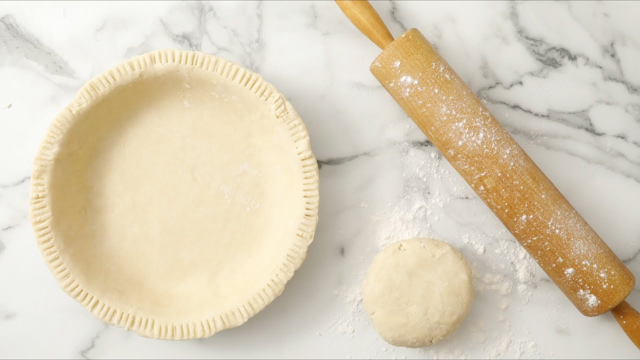 Basic Pie Dough for Apple Pie- Martha Stewart - YouTube