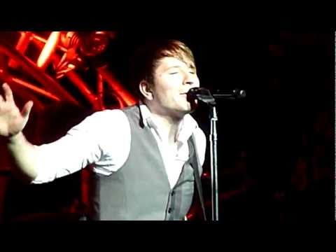 OWL CITY - Deer In The Headlights (live)