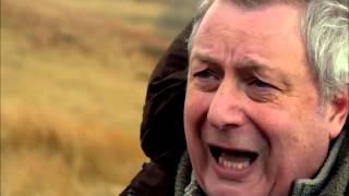 Caeau Cymru: Maes y Bedd