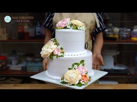 HOW TO TIER BEAUTIFUL FLOWERS CAKE | Cch Xp Bnh Hoa Hai Tng p Vi Hoa Kem Ti