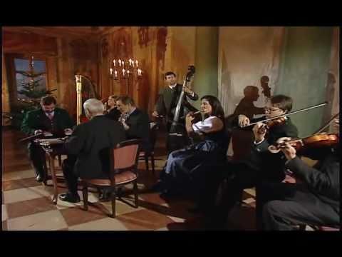 Tobias Reiser Ensemble - Menuett von Mozart 2001