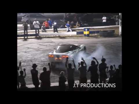 INSANE CAR DRIFTING/BURNOUT SHOW IN CURACAO 2016.