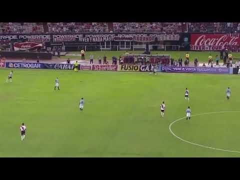 Caño de Casco a Centurión - River vs. Racing - Superliga Fecha 18 - 2019