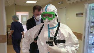 Ситуация с коронавирусом в России становится все сложнее.