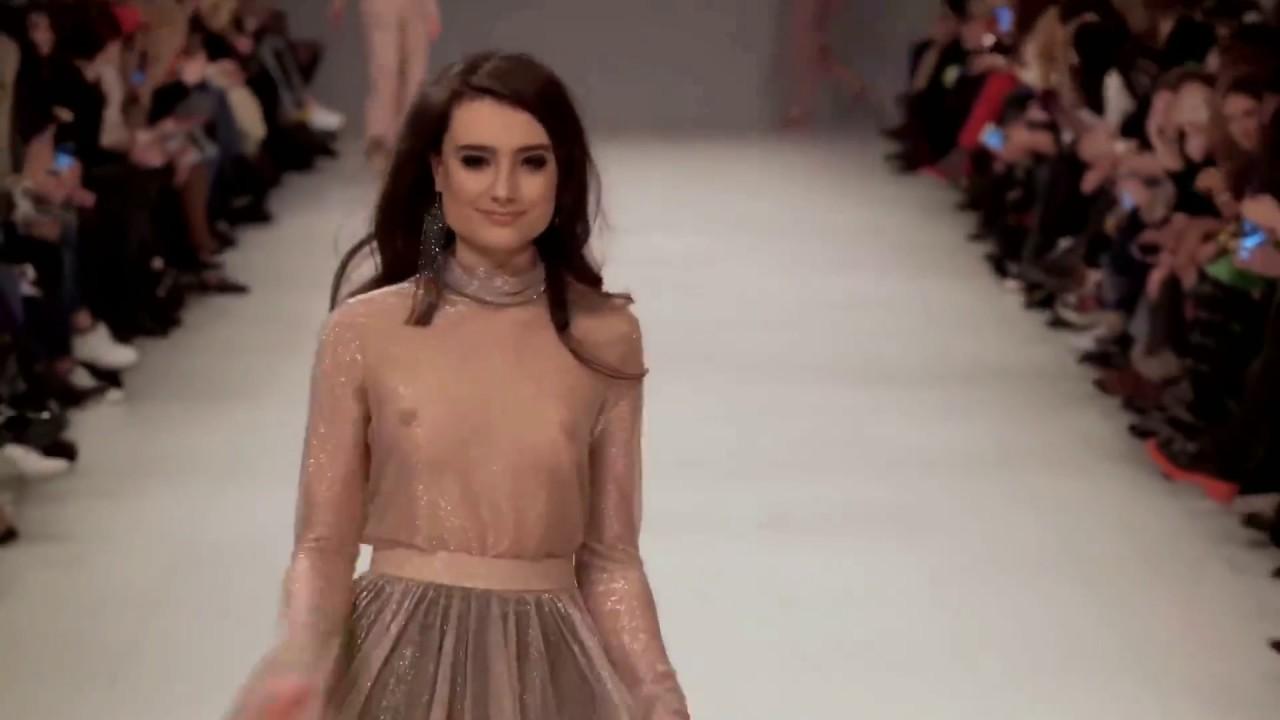 Fashion Week 2019 - показ мод - модная женская | Мода показ девушки