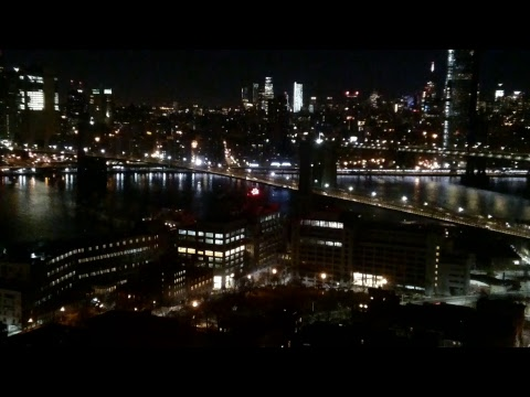 Live - Brooklyn Bridge & Manhattan NYC Cam - St. George Tower