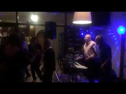 Cenas con musica EN VIVO EN RESTAURANTE CASTELLO,