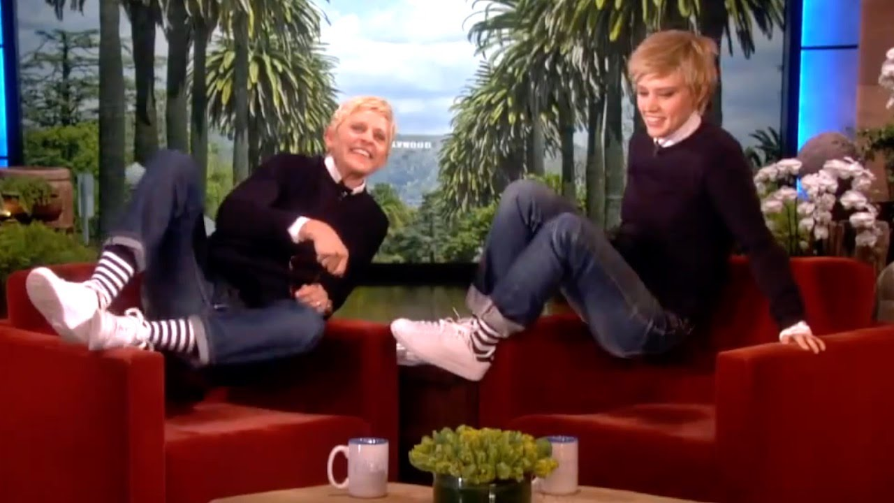 Top 10 moments on the ellen degeneres show youtube - Ellen show live ...