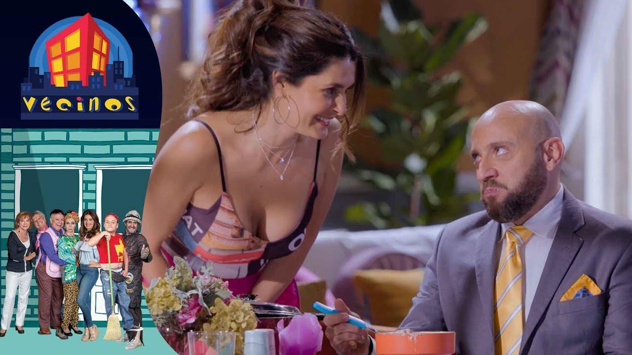 Download Vecinos, Capítulo 4: ¡El 'buen sazón' de Silvita! 🤢   Temporada 7   Distrito Comedia