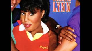 Watch Cheryl Lynn Encore video