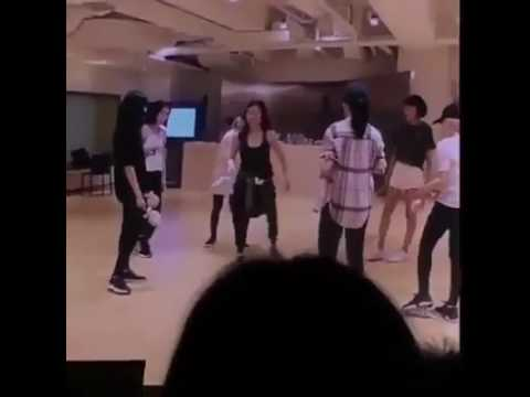 Funny SNSD praticing Kissing You and Ooh Lala after almost 10 years 😂😂 Mp3
