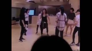 Funny SNSD praticing Kissing You and Ooh Lala after almost 10 years 😂😂 - Stafaband