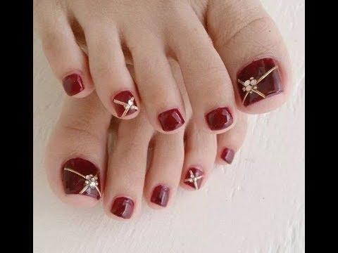 Những kiểu nail móng chân đính đá đơn giản dễ làm