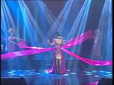 PUTRI AYU ....RANAH BUNDO FINALIS  D POP LCLPDN 2012