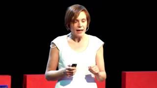 Proč se radovat z balónku, i když vám za chvíli uletí / | Barbora Šťastná | TEDxOstrava