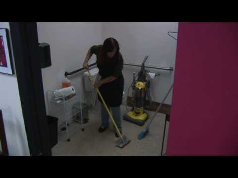Cleaning Tips  : What Is the Best Way to Clean Linoleum Floors?