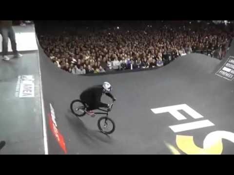 BMX - Kostya Andreev Best Trick Fise spine 2016