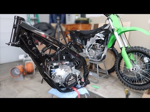 2018 KX125 BUILD PT.7 | ENGINE'S DONE + THE BIKE'S TAKING SHAPE!
