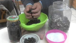 Preserve black olives, Ελιές μαύρες σε  άλμη. Chef Andros