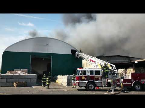 Camden City, NJ - 3 Alarm Building Fire - 1521 Ferry Ave @ RMR Recycling - 4/14/18