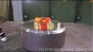 Crushing gummy bears with hydraulic press thumbnail