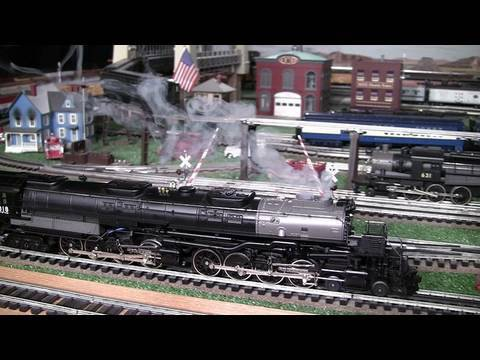 MTH Premier UP BIg Boy (4-8-8-4) O-Gauge Steam Locomotives Double-Headed in True HD 1080p
