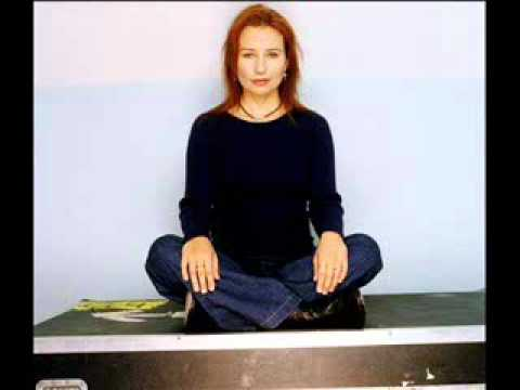 Tori Amos - Don't Look Back in Anger (Oasis Cover)