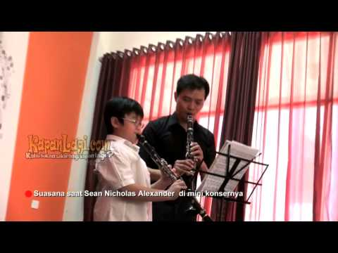 Sean Nicholas Alexander Gelar Mini Konser Clarinet