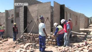 Community Turns to Sand Stones Solve House Shortage in SA