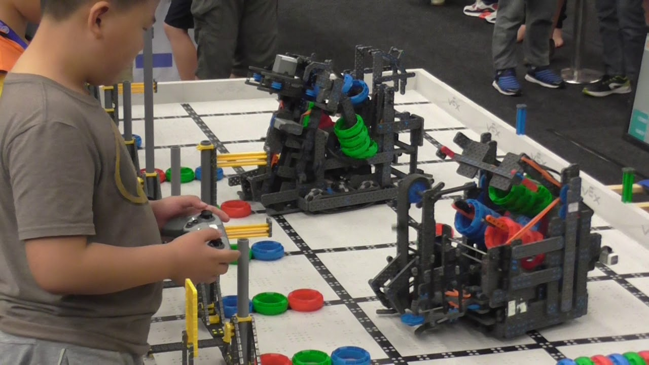 A Cool Design At The Vex Iq 2017 Asia Pacific Championships Youtube