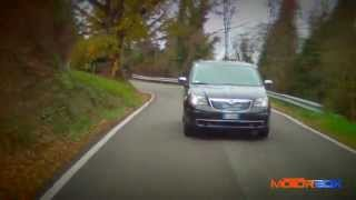 Lancia Voyager: prova e test in video