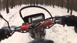 2013-03-02 - Прохват по Сосновоборску/Honda XR250R and Suzuki Djebel 250 XC Winter Riding