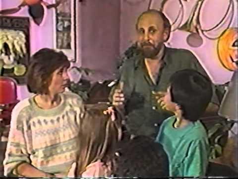 Sharon, Lois & Bram  Hooray for the Lambeth Children