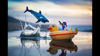 Игровая коллекционная фигурка Jazwares Roblox: Feature Vehicle #SharkBite Duck Boat W2 (19871R)