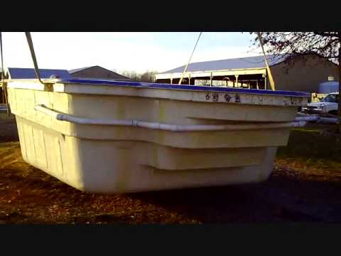 Awesome fiberglass pool installation video youtube Fibreglass pools vs concrete pools