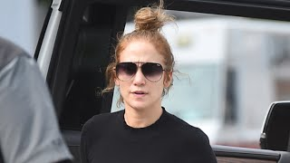 Jennifer Lopez Goes Makeup-Free to the Gym and Still Looks Glam in Sweatpants and a Top Knot