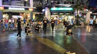 Young Breakdancers Phuket Patong JungCeylon_(231)_FT5_P1030322 Thumbnail