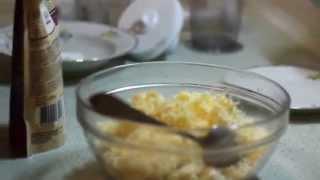 """Салат """"Чесночница"""" на омлете из перепелиного яичного порошка (со свежих перепелиных яиц)"""