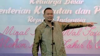 LUCU PARAH !!! Cak Lontong Stand up comedy di depan Menteri Susi Pudjiastuti Full Video   YouTube