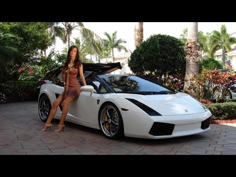 Lamborghini + Chicas + GoKarts = 🤯