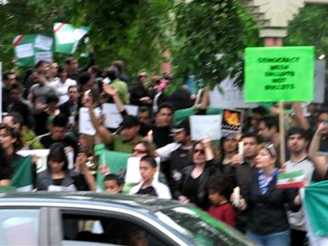 Iranian supporters of Mir Hossein Mousavi in Calgary demonstrate against the late Iran elections